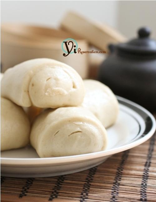 Mantou (Chinese Steamed Bun) 饅頭