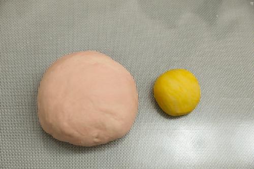 steamed piggy buns step3 (500x333)