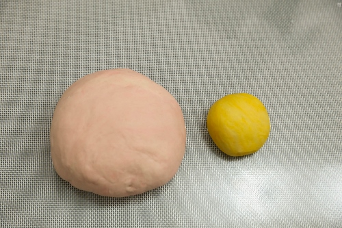 steamed piggy buns step3 (500x333)