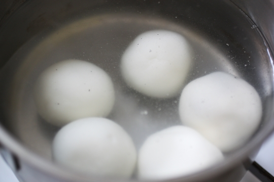 black sesame tang yuan (rice ball) recipe