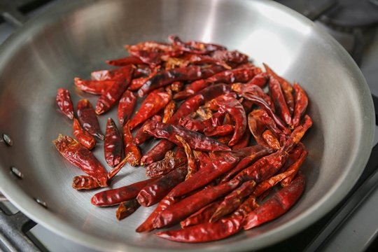 How to Make hot chili oil 辣椒油