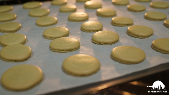 how to make Japanese green tea matcha macarons